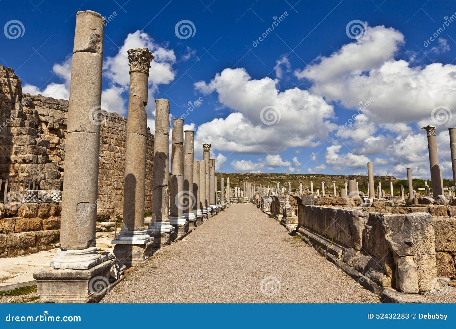 Ruiny Perge antyczny Anatolian miasto w Turcja