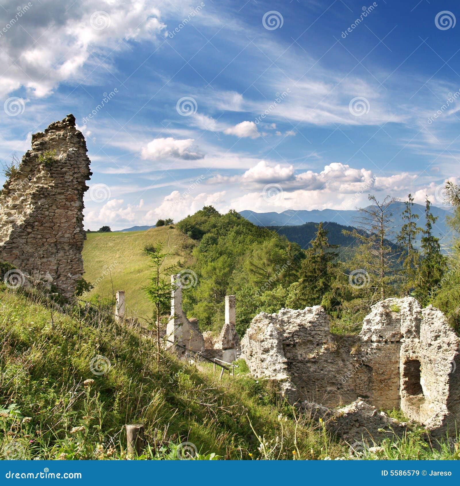 Ruiny Sklabina Kasztel