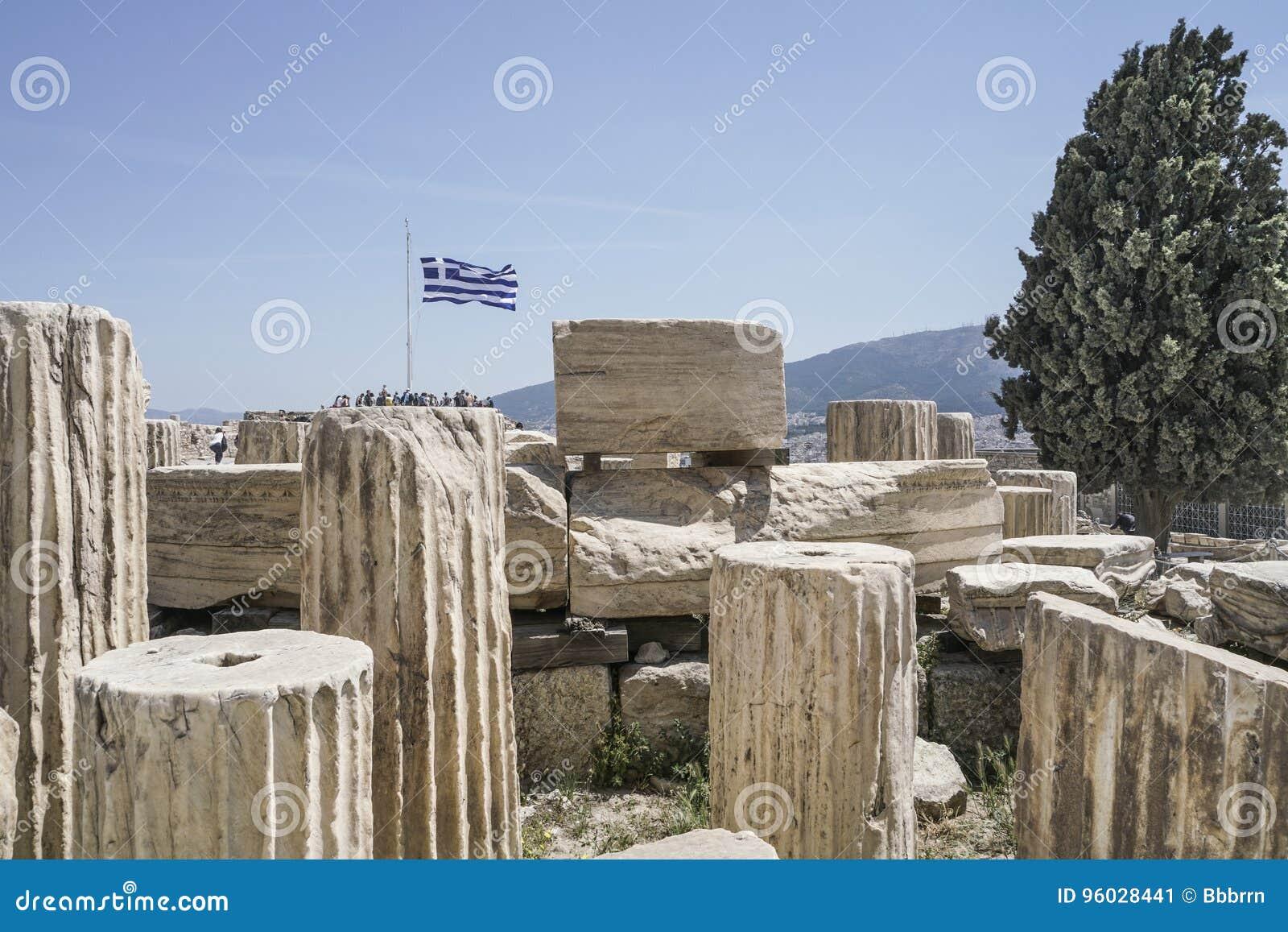 Ruiny w Ateńskim akropolu w Ateny, Grecja