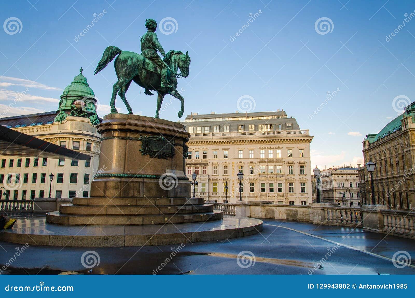 Ruiterstandbeeldaartshertog Albrecht, Hertog van Teschen, Wenen, Au