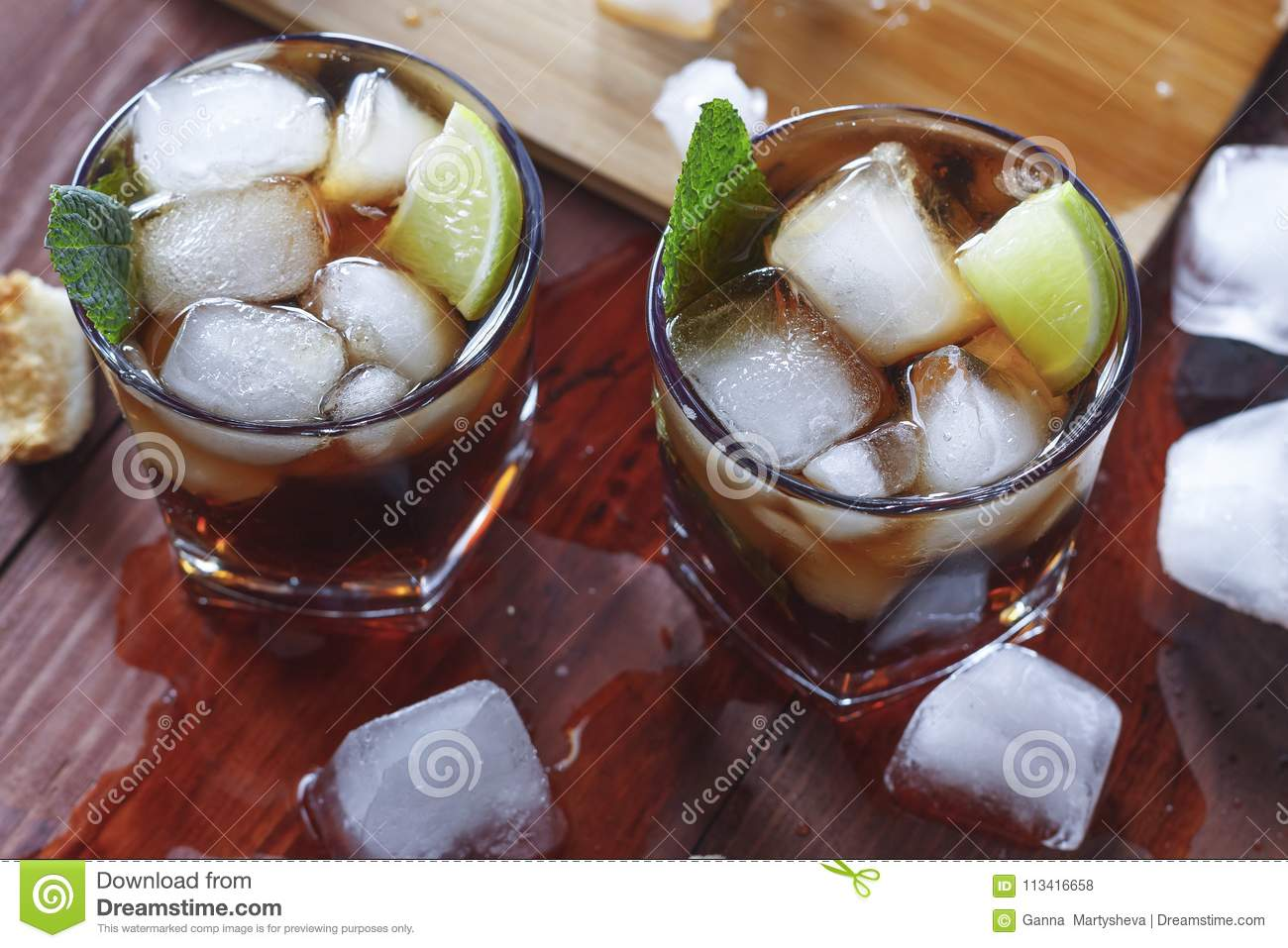 Rum, ice, party, lime, alcohol, drink, beverage, ice, rum, glass