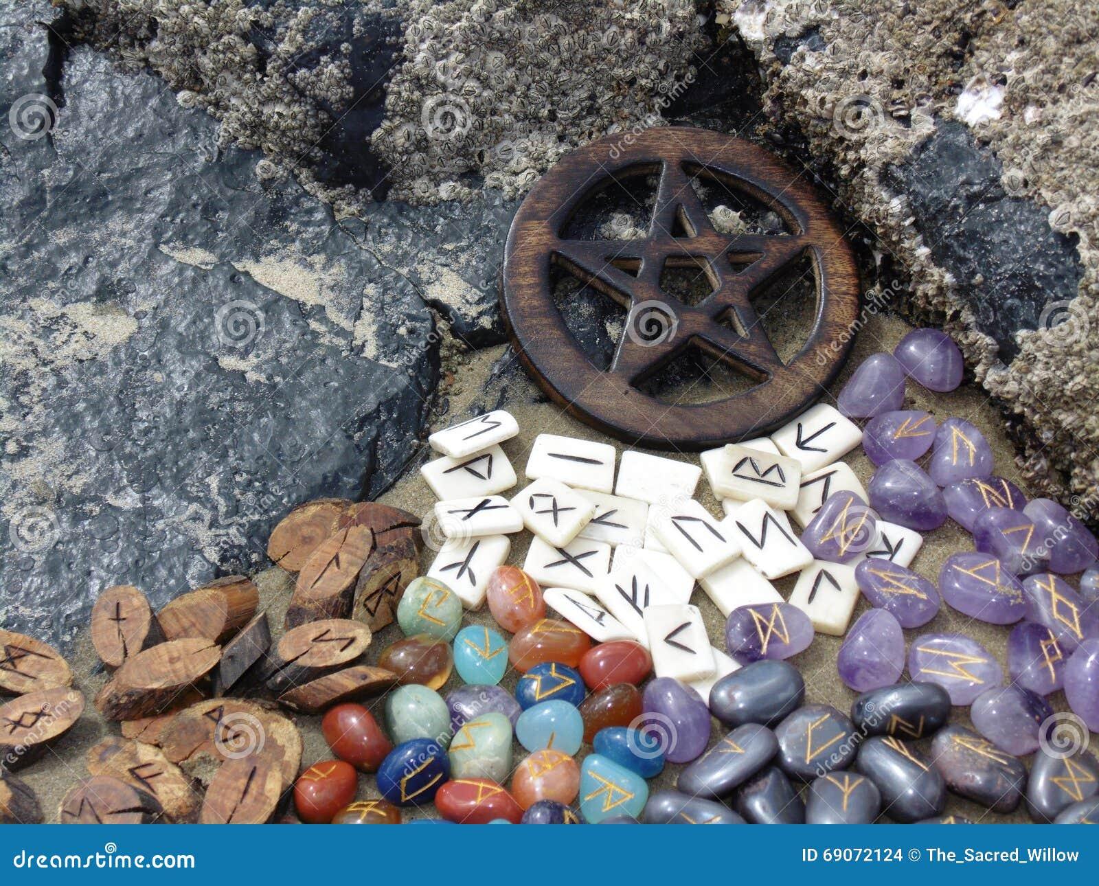 Runes i pentagram