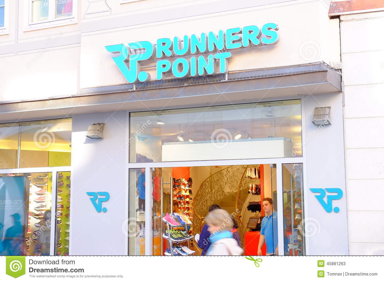 Runners Point | Dead Stock