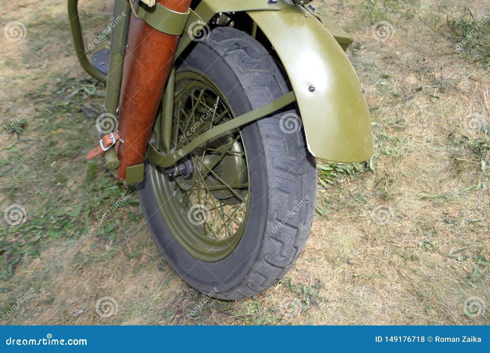 Ruota anteriore e cuscino ammortizzatore del motociclo di Harley