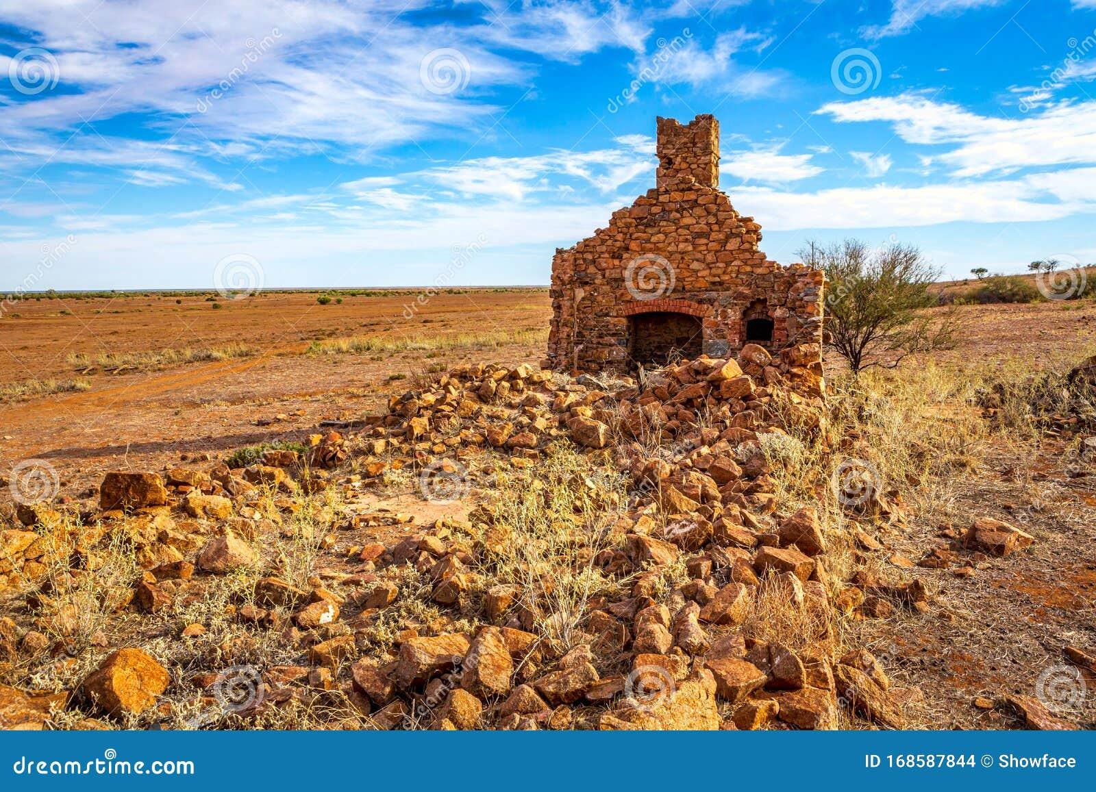 6 095 Stone Farmhouse Photos Free Royalty Free Stock Photos From Dreamstime