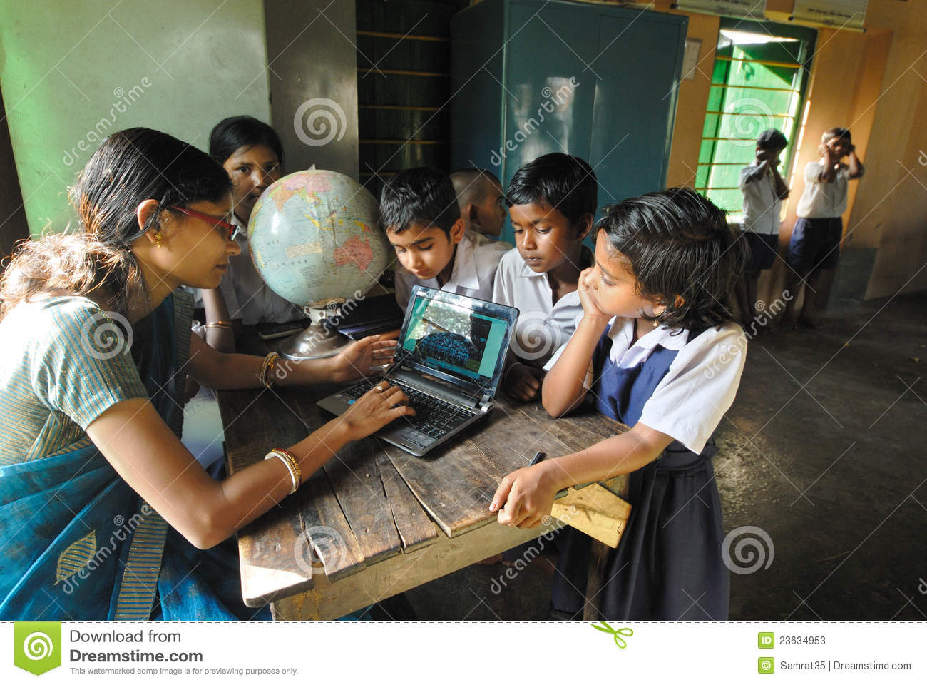 rural education in india essay - i introduction: this essay reports the state of urban and rural educational development in public schools, while also focusing on new orleans public education system in the literature, we explore factors both internal and exclusive as well as factors external and inclusive that contribute to the quandaries of k-12 education in america.