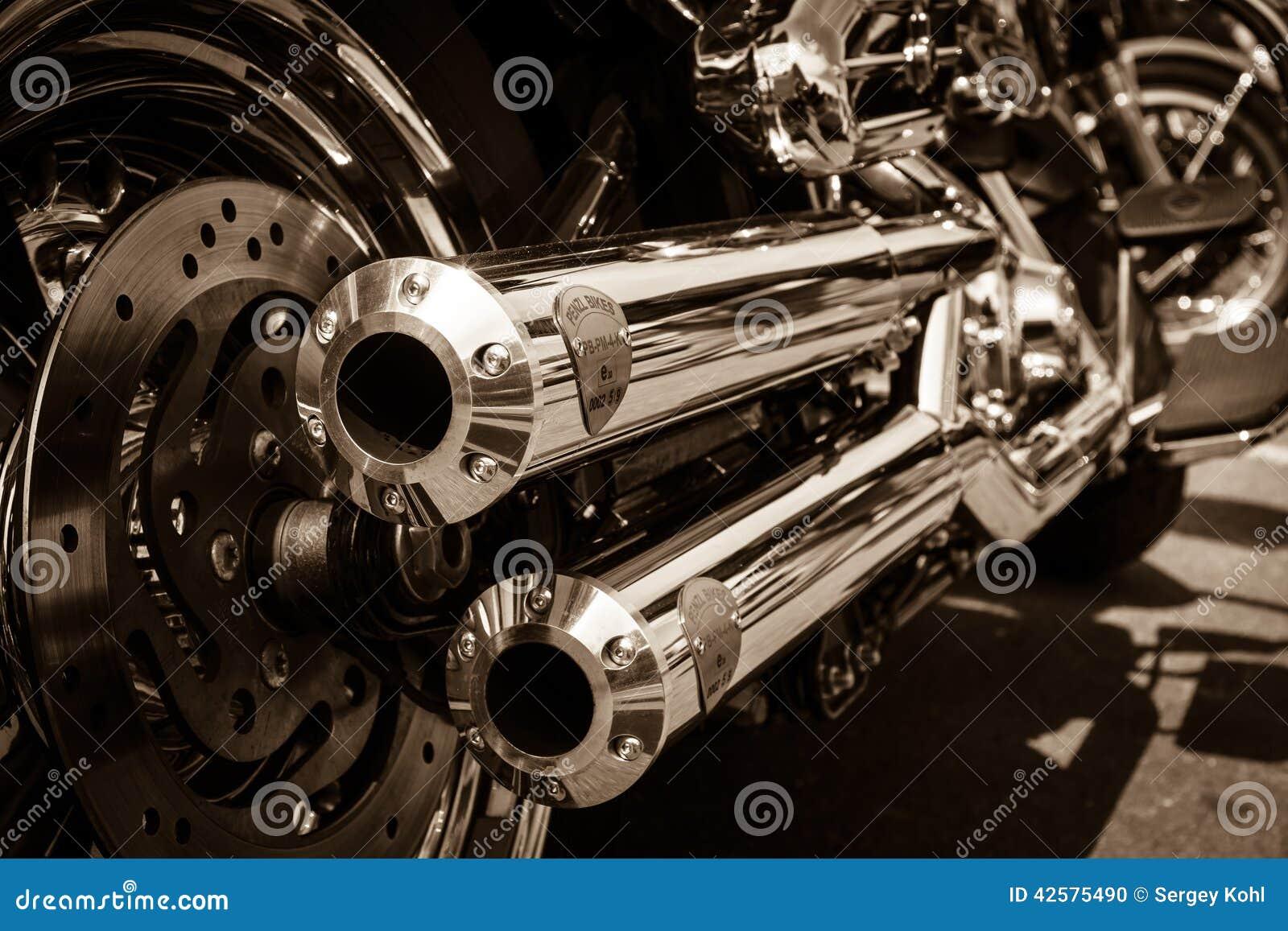 Rury wydechowe motocykl Harley Davidson Softail