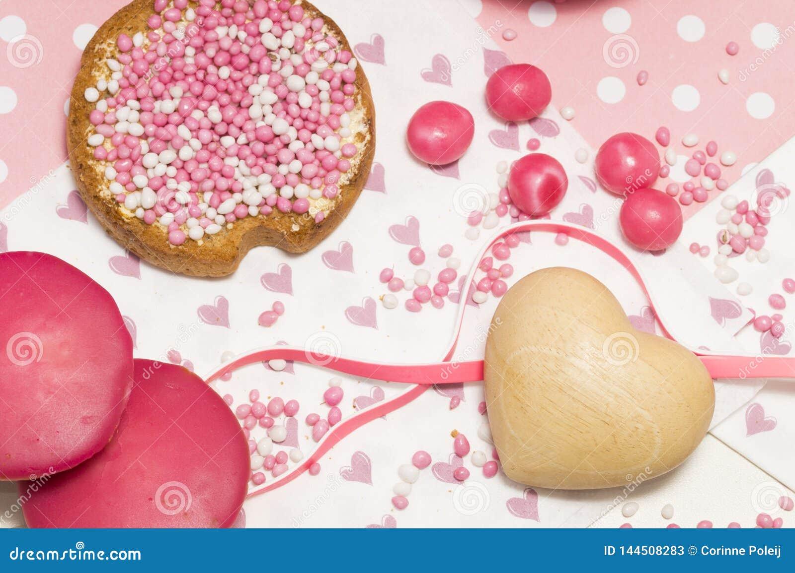 Rusk z różowymi aniseed piłkami, Holenderscy muisjes, Holenderska funda gdy dziewczynka będzie urodzona