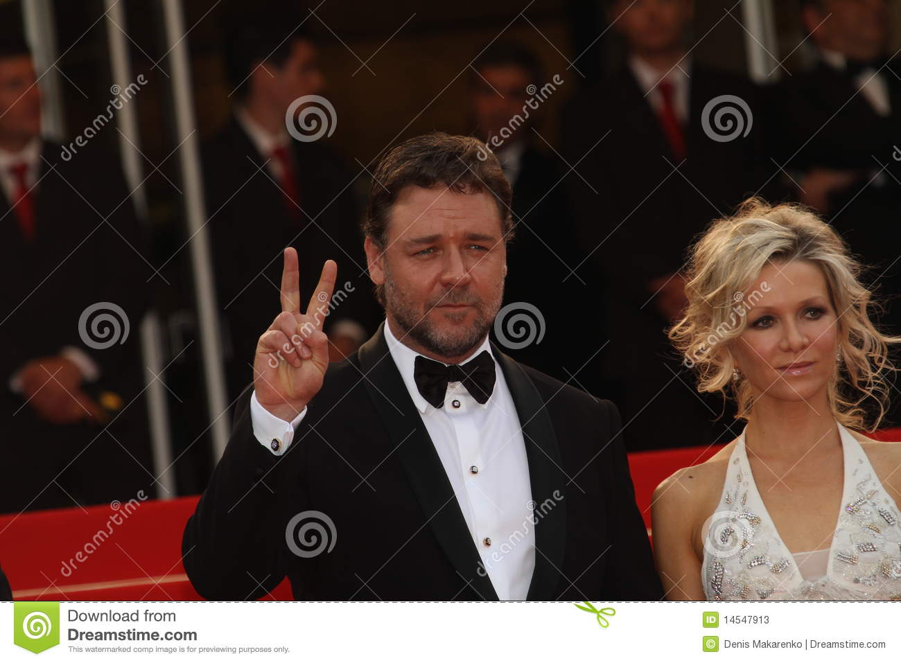 Russell Crowe And Danielle Spencer Editorial Stock Photo