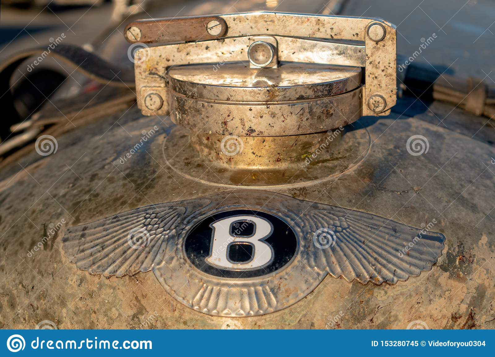 Old Bentley Logo Photos Free Royalty Free Stock Photos From Dreamstime