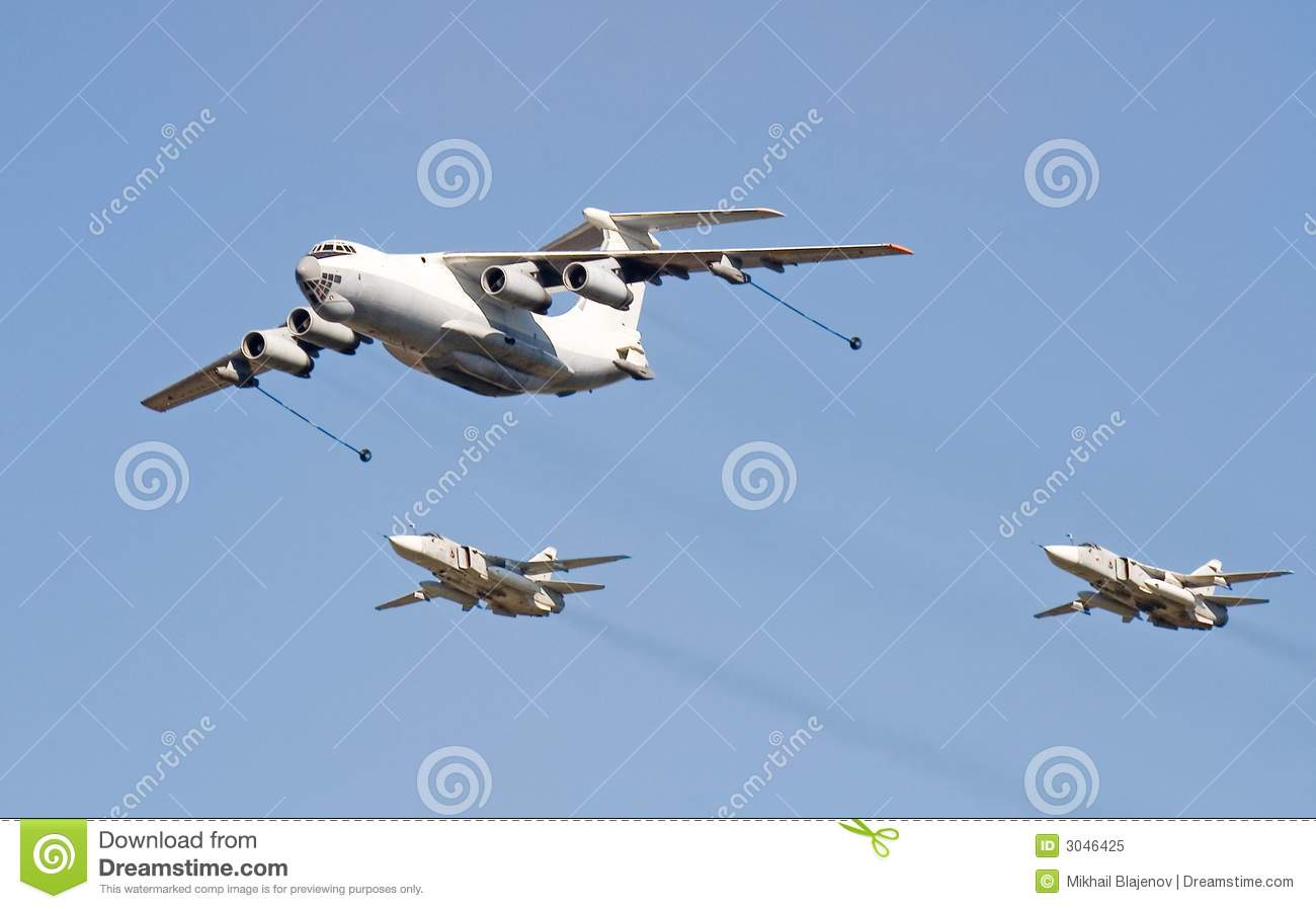... . Fly-past at 95th anniversary of Russian Air Force. 11 August 2007