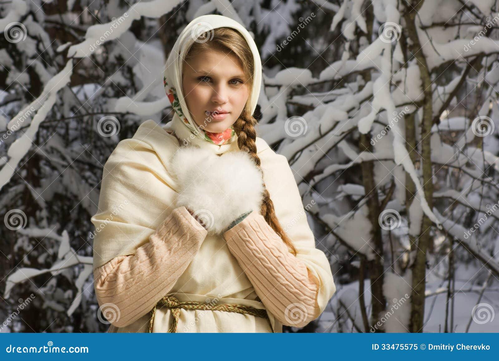 Русские девочки в лесу 9 фотография