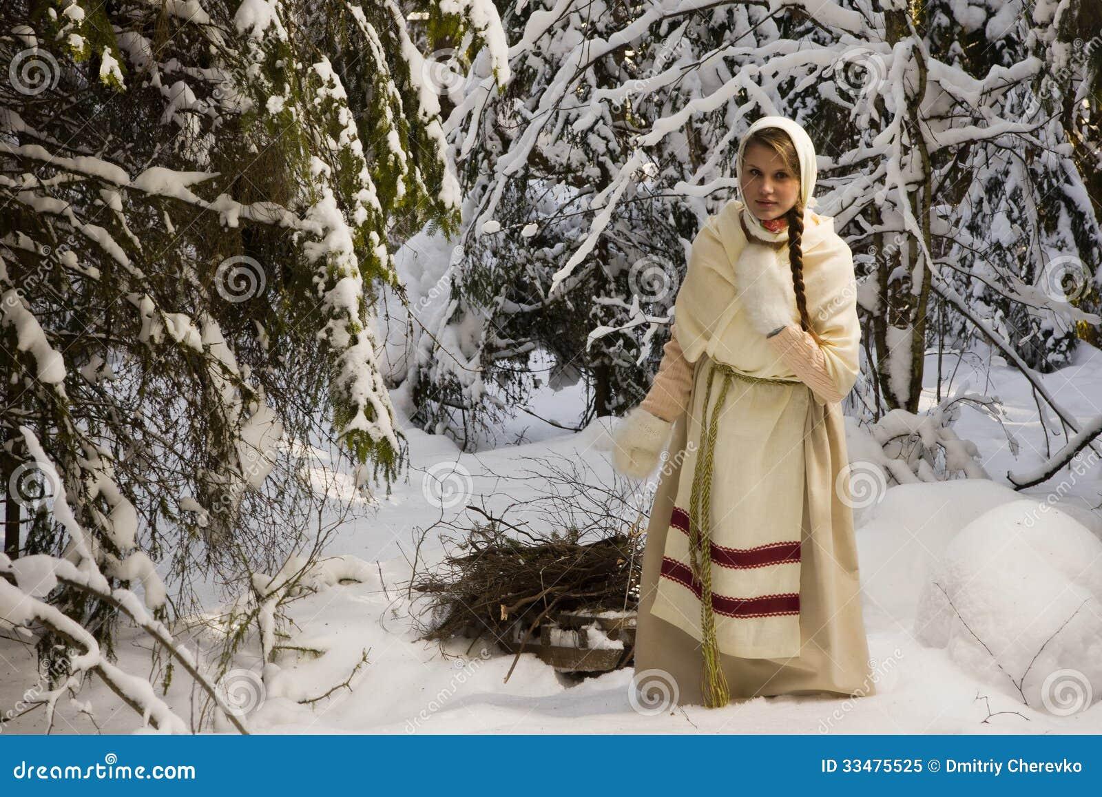 Русские девочки в лесу 12 фотография