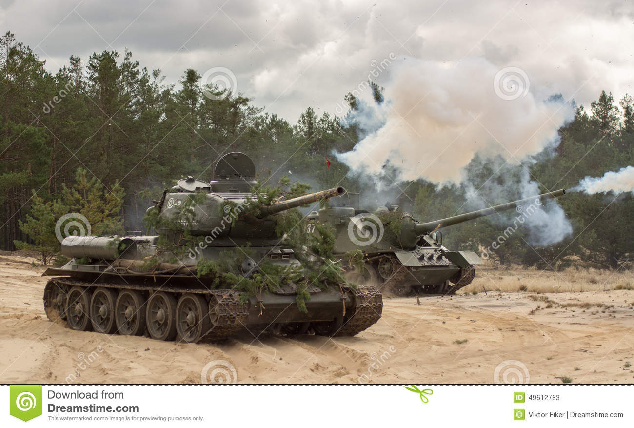 Russian tank t34 royalty free stock images image 23498479 - Russian Military Tank T34 On Battlefield Stock Photos
