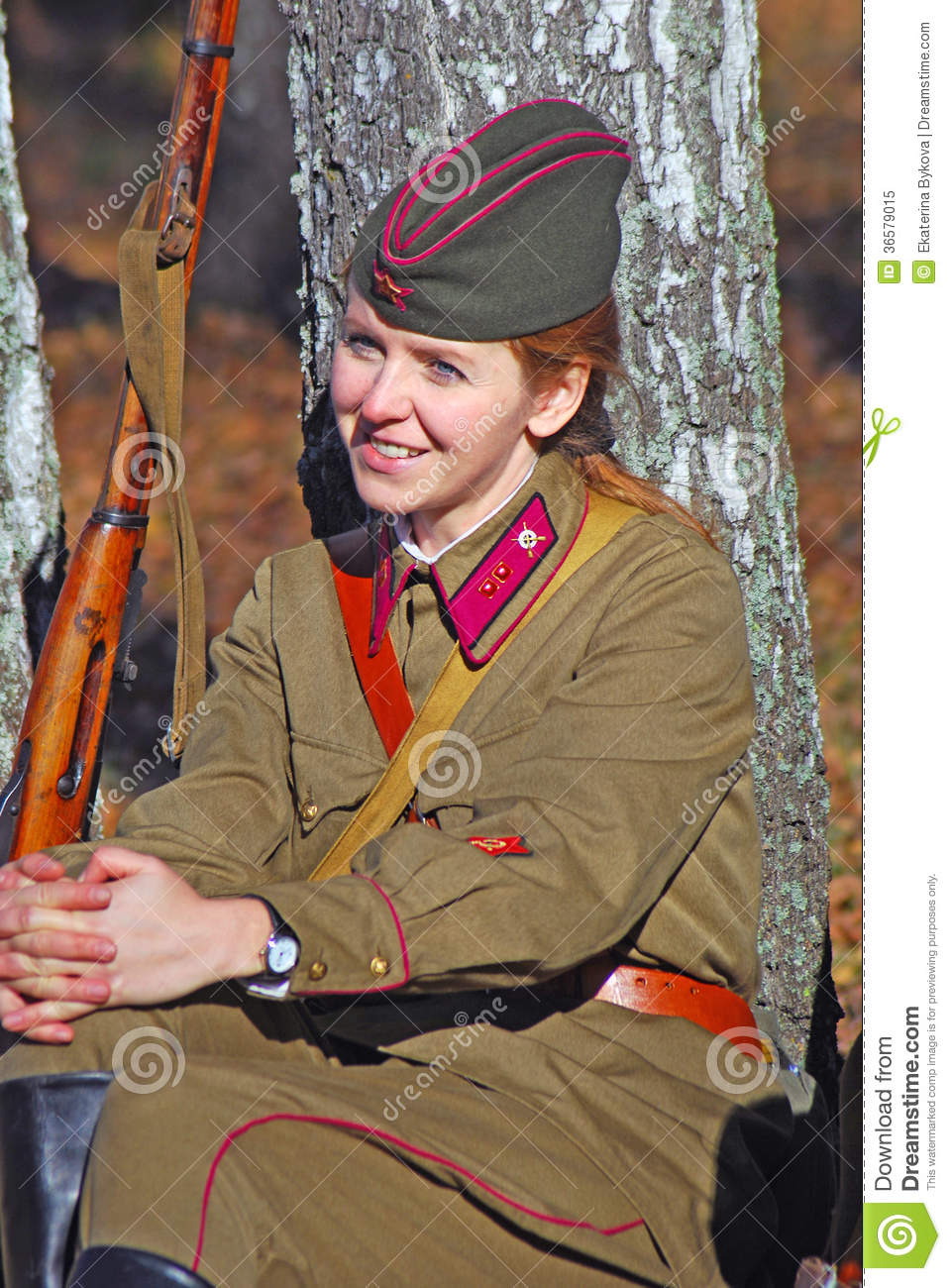 O To Ww Bing Comsquare Root 123: Russian Soldier-reenactor Woman. Editorial Image