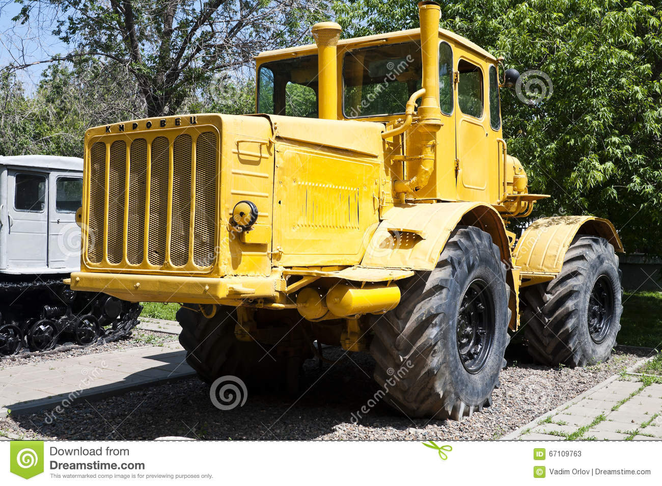 russian tractor k 700 kirovets stock image image of wheeled equipment 67109763. Black Bedroom Furniture Sets. Home Design Ideas