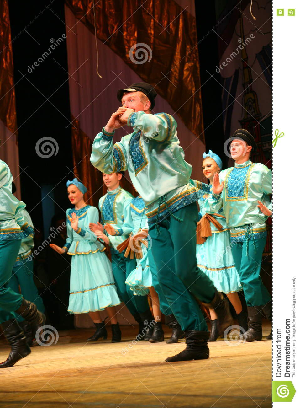 Russian traditional dance festivals of the factory outskirts - merry quadrille