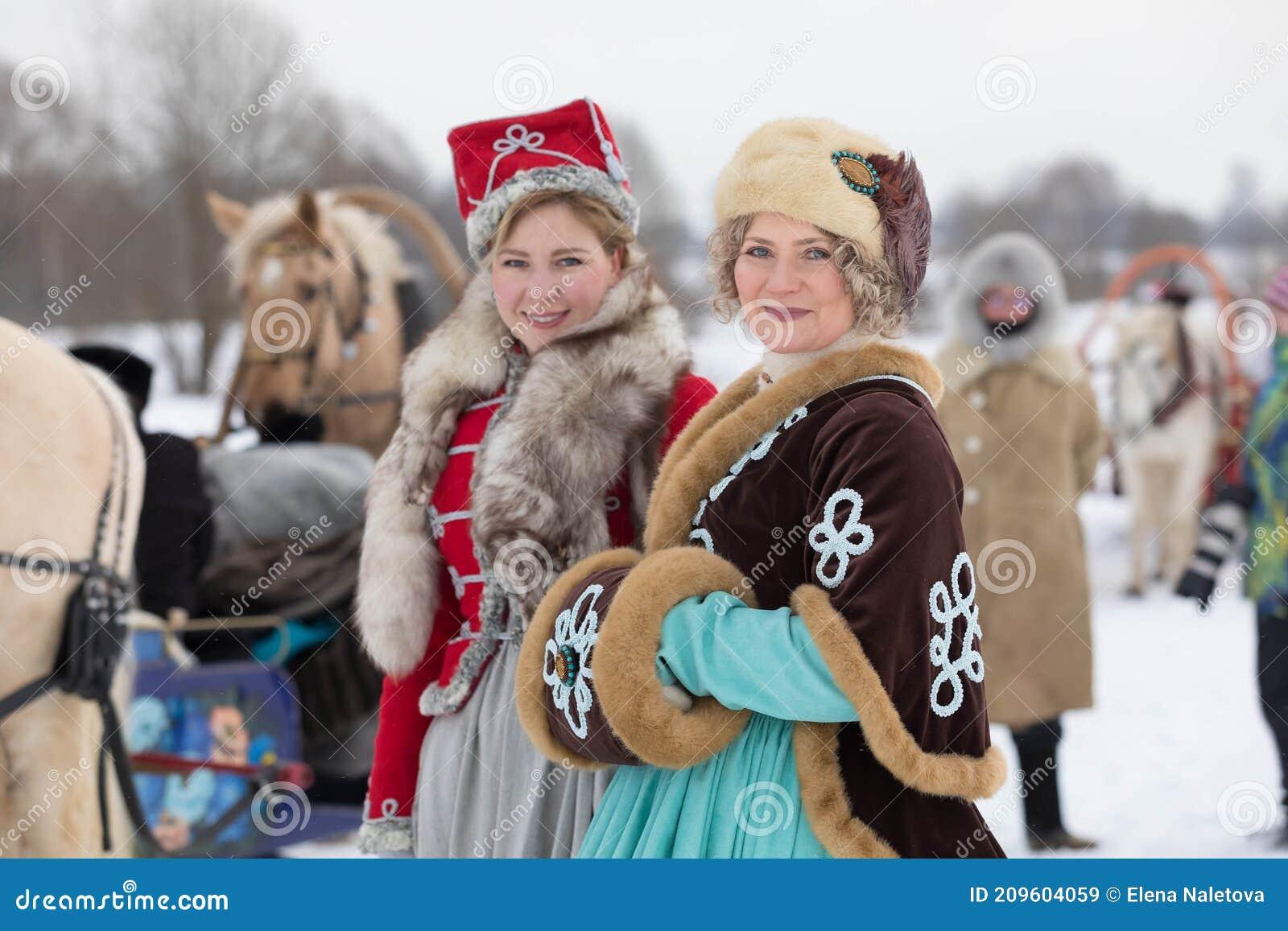 Frauen russland schöne Frauen aus