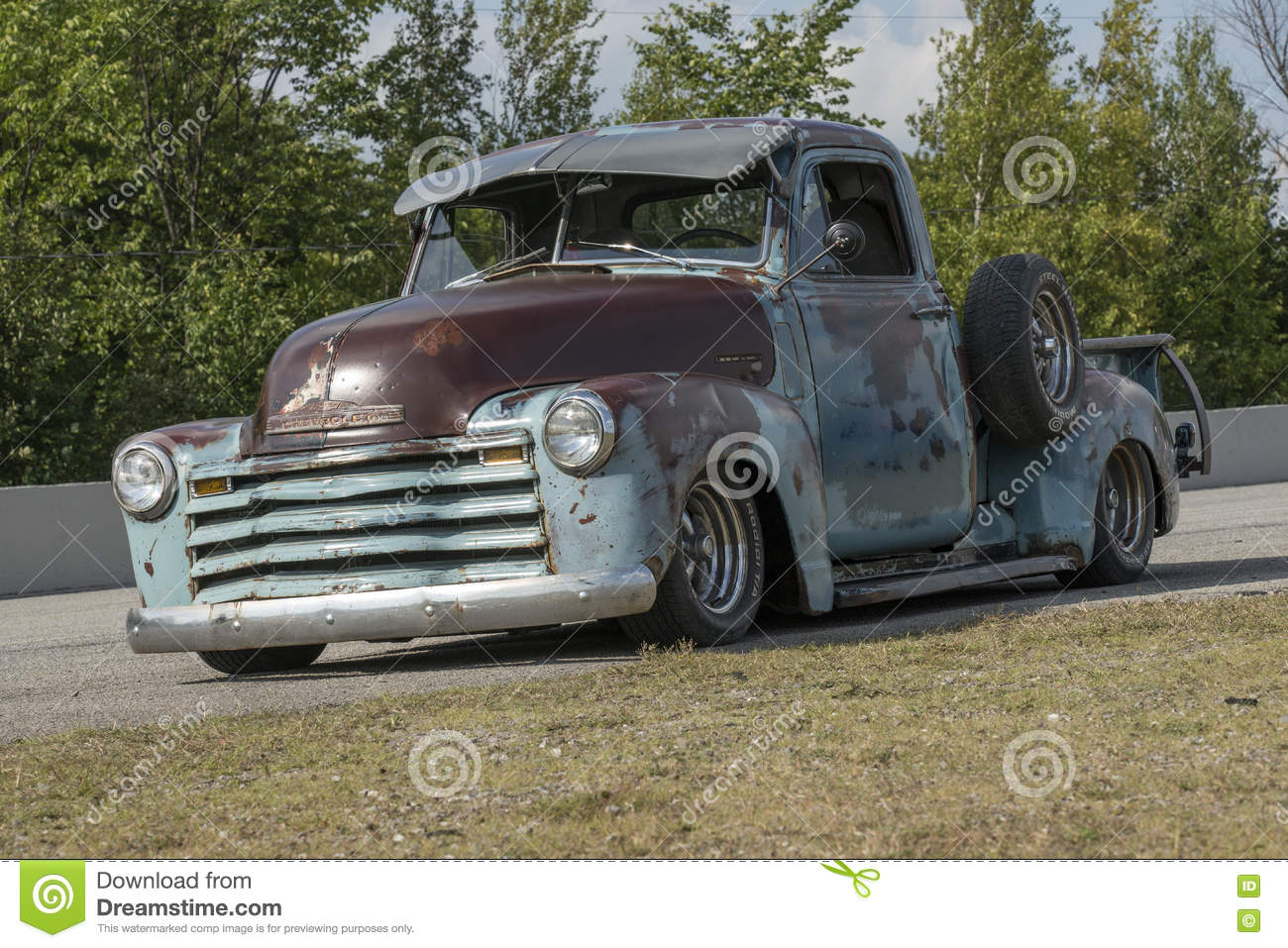 Classic Pickup Truck Side View Stock Images 94 Photos 1955 Ford F100 Rusted Front Of Vintage Royalty Free Image