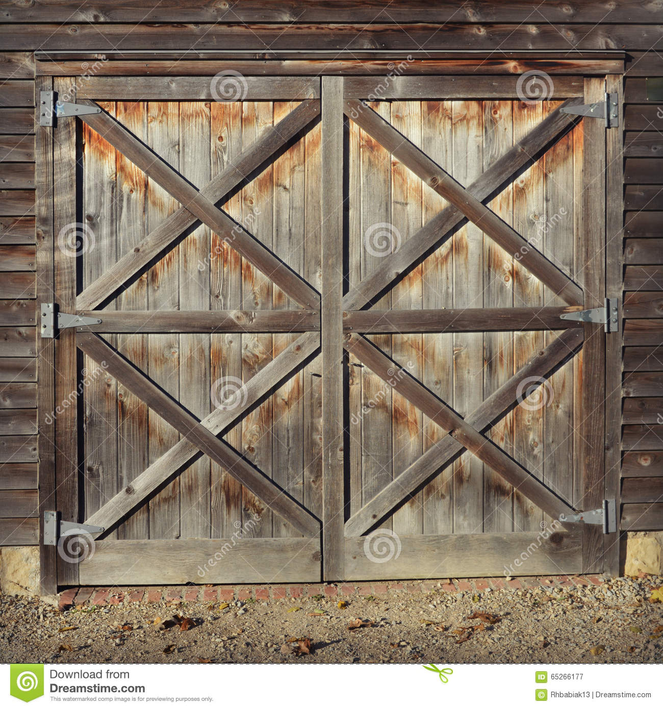 Rustic barn doors stock photo image 65266177 - Barn door patterns ...