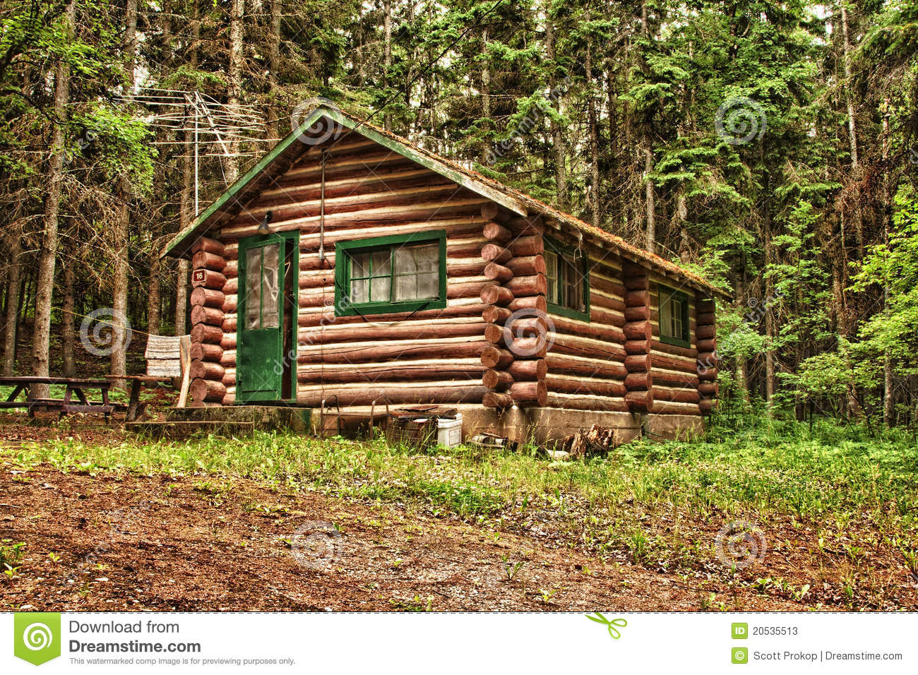 Rustic old log cabin stock photos image 20535513 for Old rustic cabins