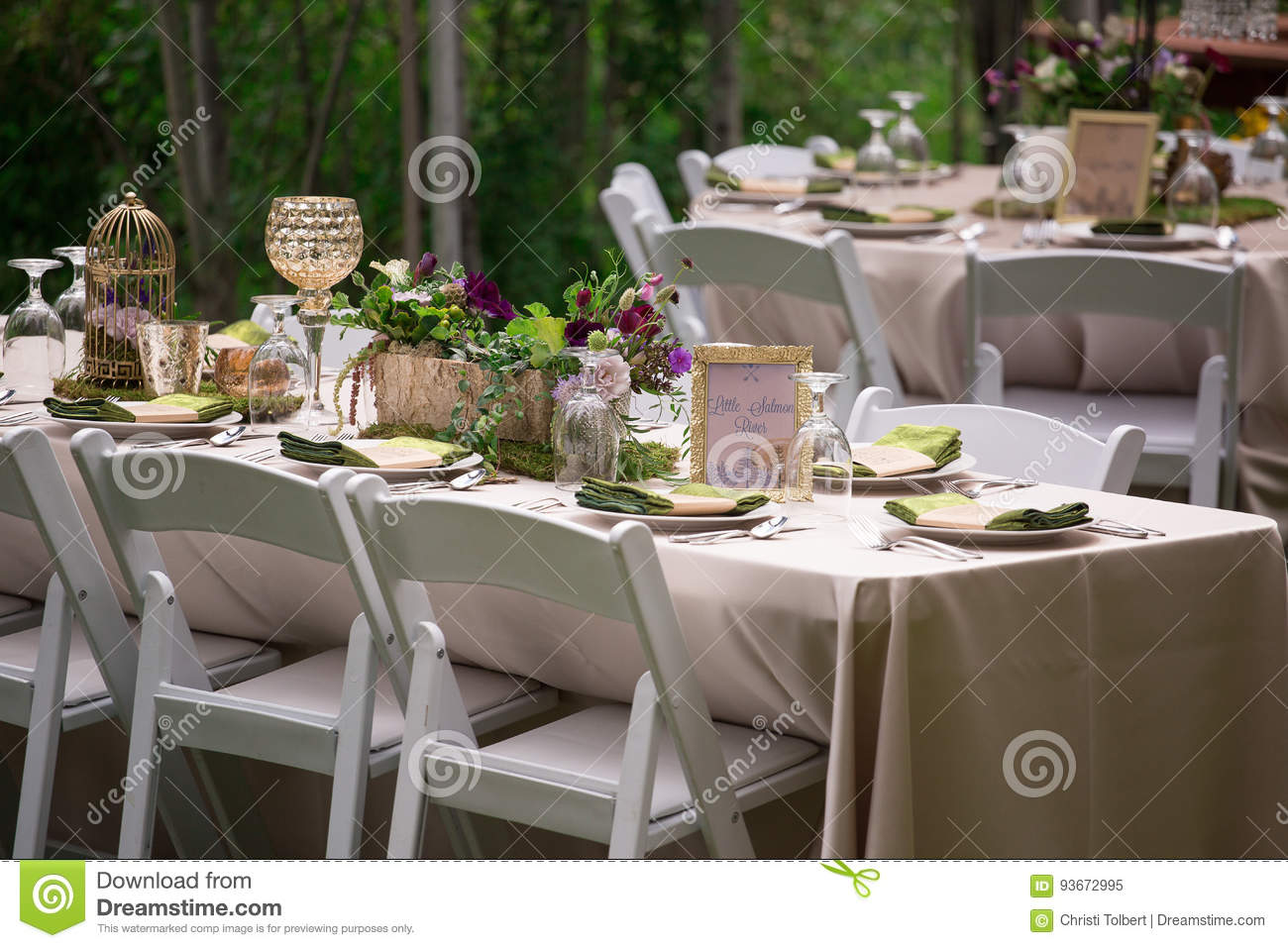 Rustic Outdoor Table Setting For Wedding Reception Stock Image
