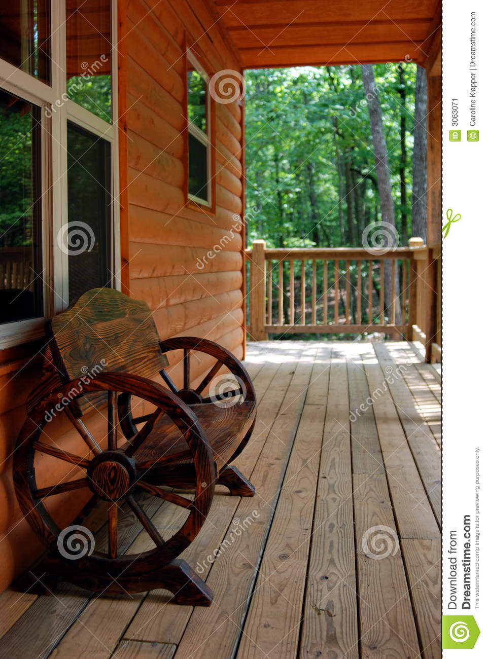 Rustic Wagon Wheel Bench Stock Image Image Of Bench