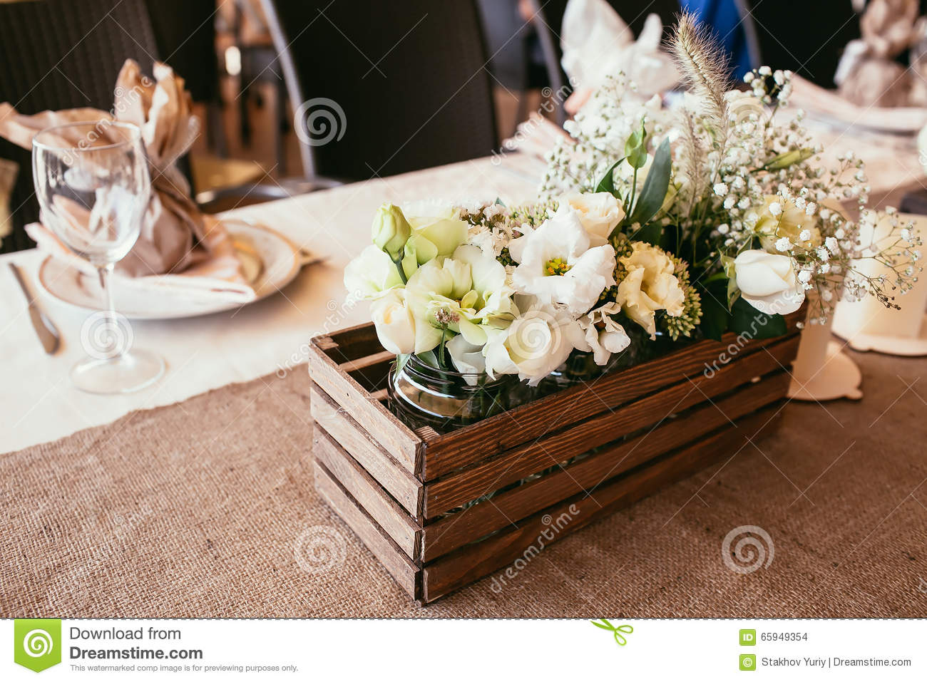 Rustic Wedding Decorations Wooden Box With Bouquet Of