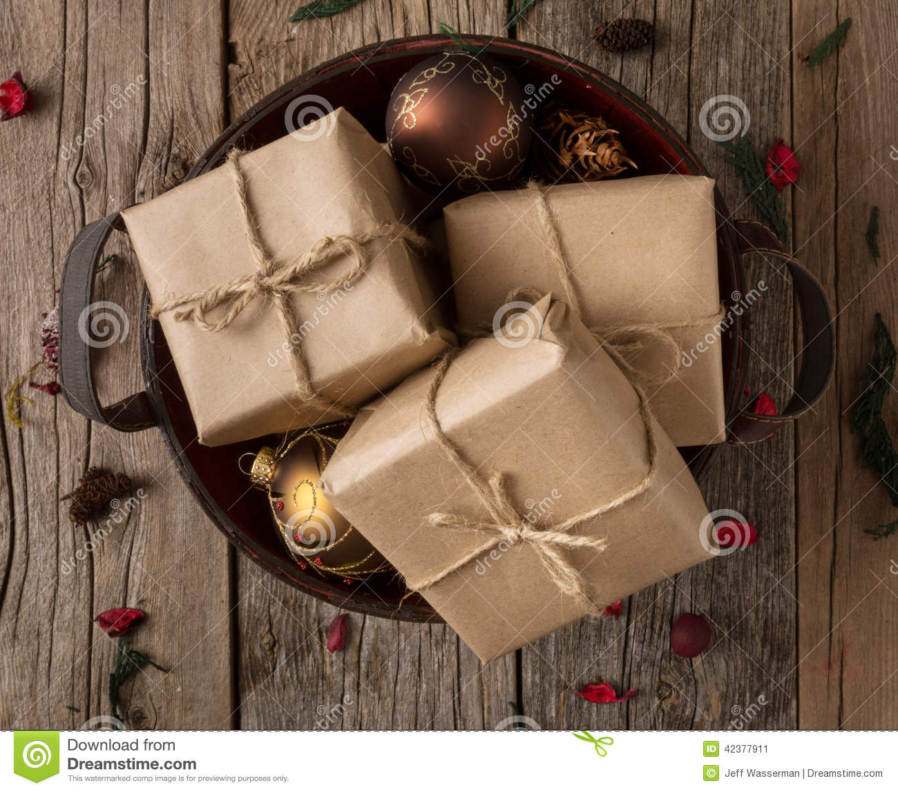Rustic Wrapped Christmas Gifts Stock Image - Image of gifts, hand ...