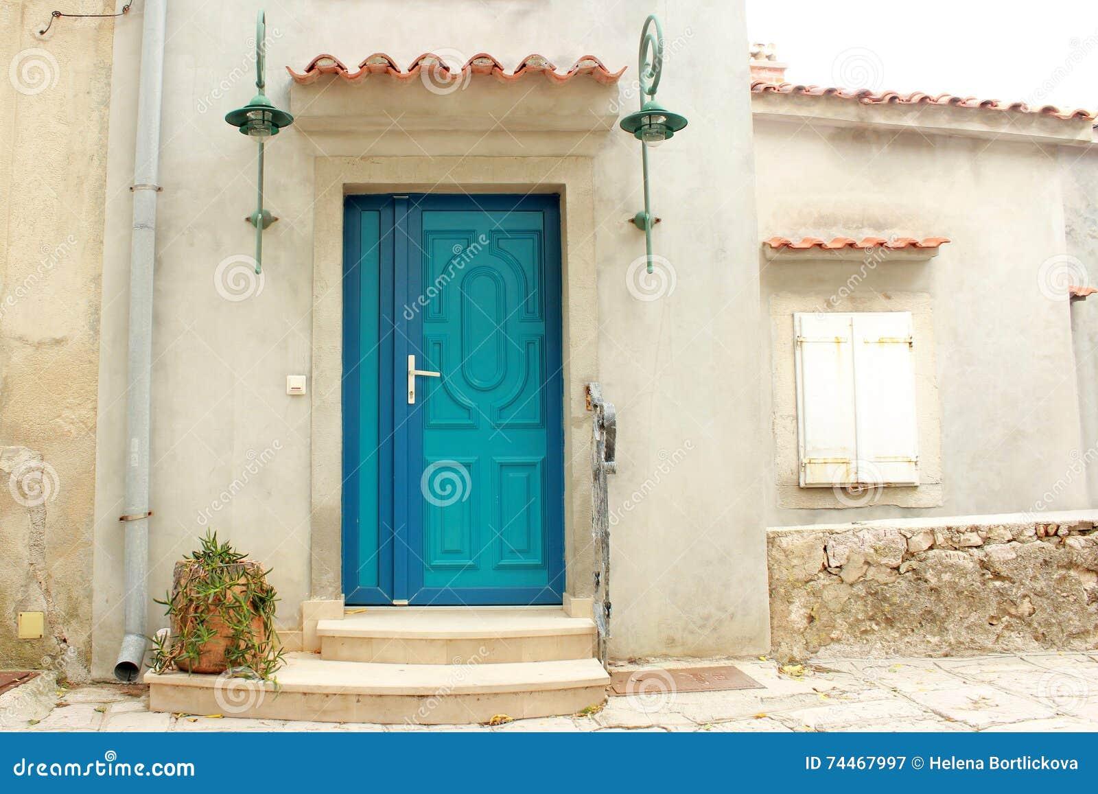 Rustical-Weinlese Marine Turquoise und blaue Tür