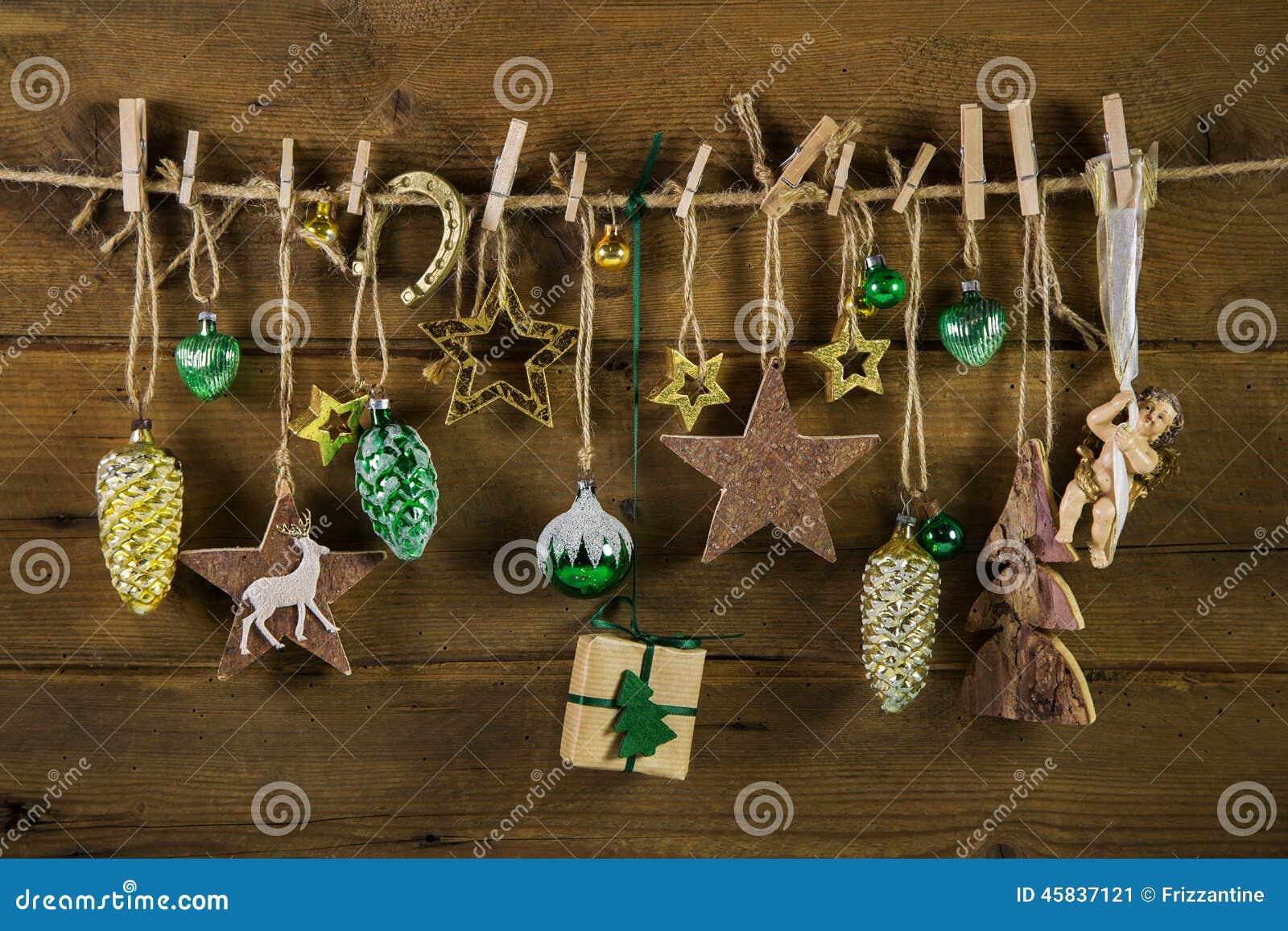 Download Rustikale Alte Weihnachtsdekoration Auf Holz Gold Und Braune  Farben Stockbild   Bild Von Golden,