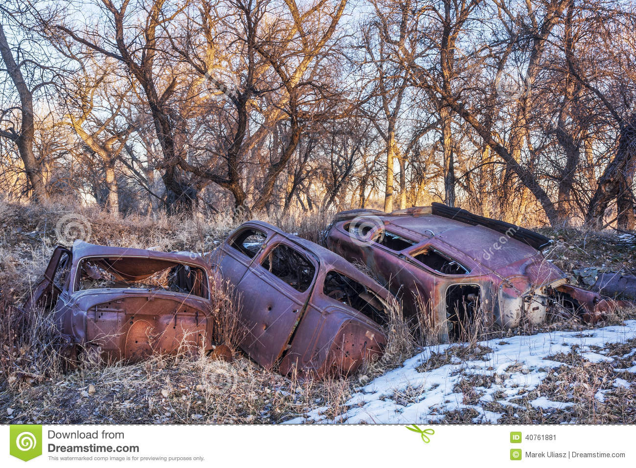 Sell Junk Cars >> Rusty junk cars stock image. Image of vintage, pollution ...