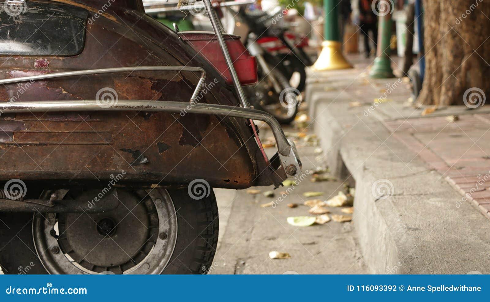 Rusty Old Back Wheel d annata