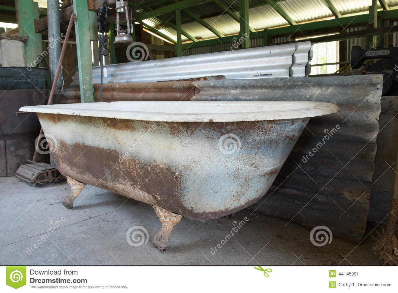 rusty old bathtub stock image image of shed bath foot. Black Bedroom Furniture Sets. Home Design Ideas