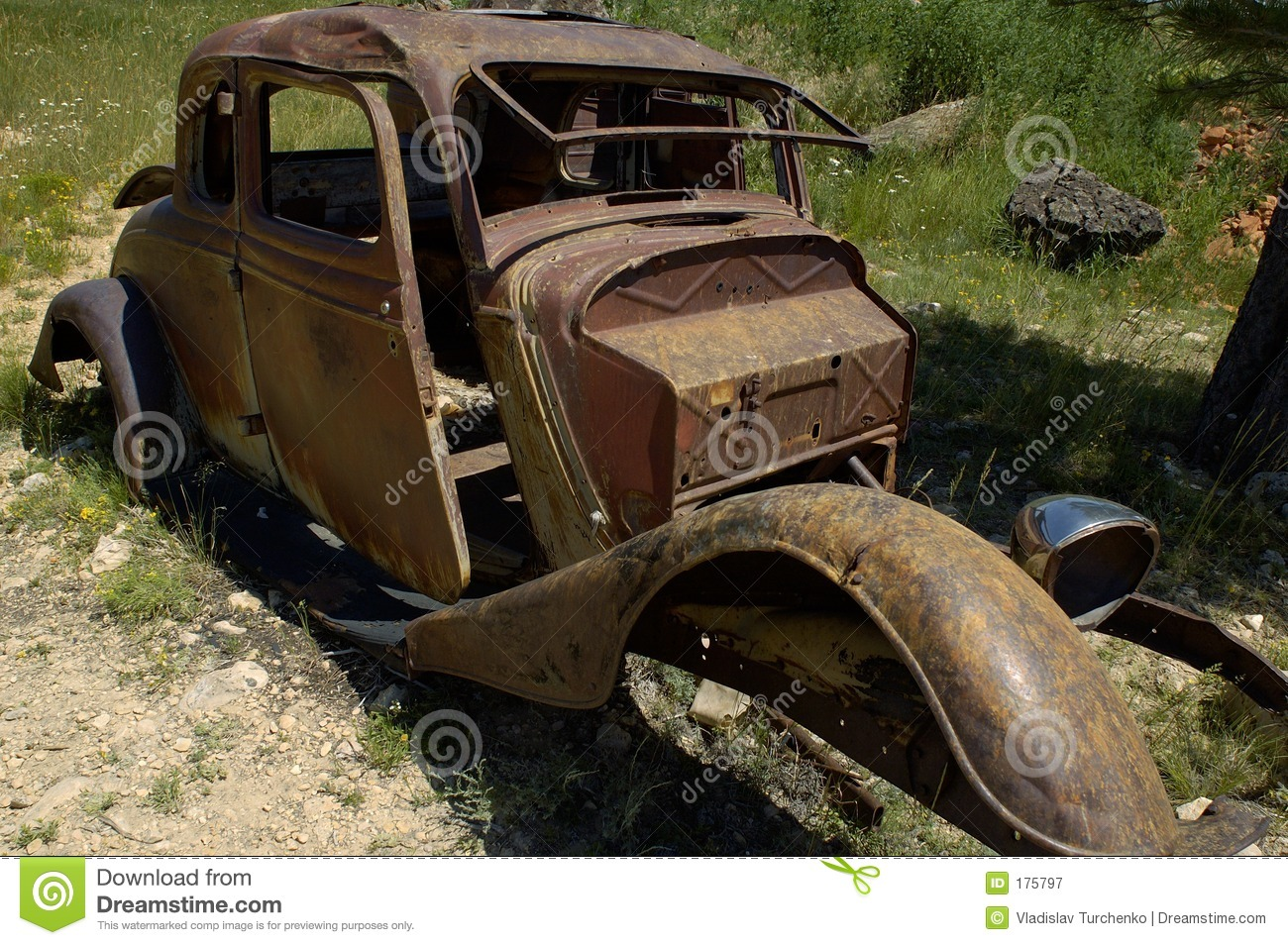 Rusty old car stock image. Image of life, generation, dead - 175797