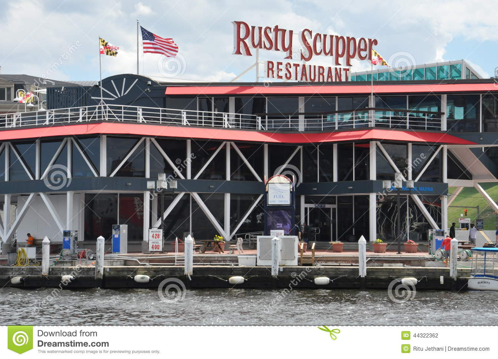 Rusty Scupper Restaurant Amp Bar At The Inner Harbor In