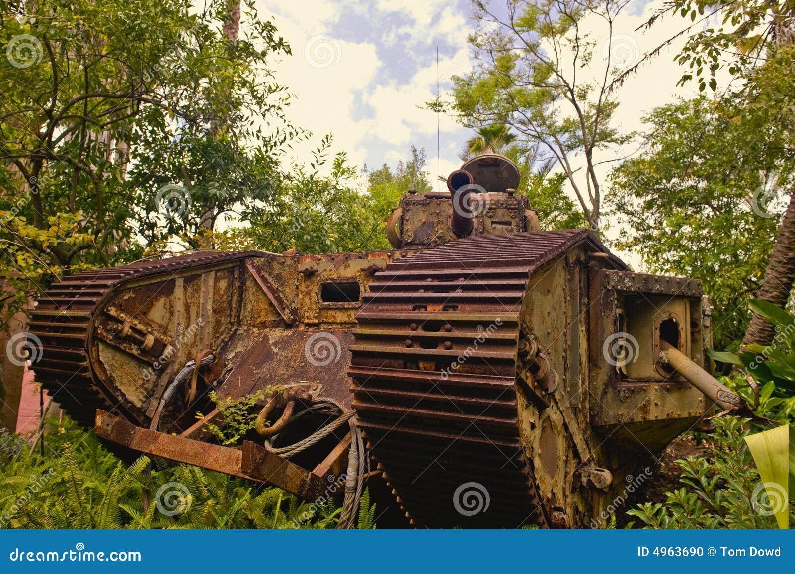 Rusty tank wwi niemiecki
