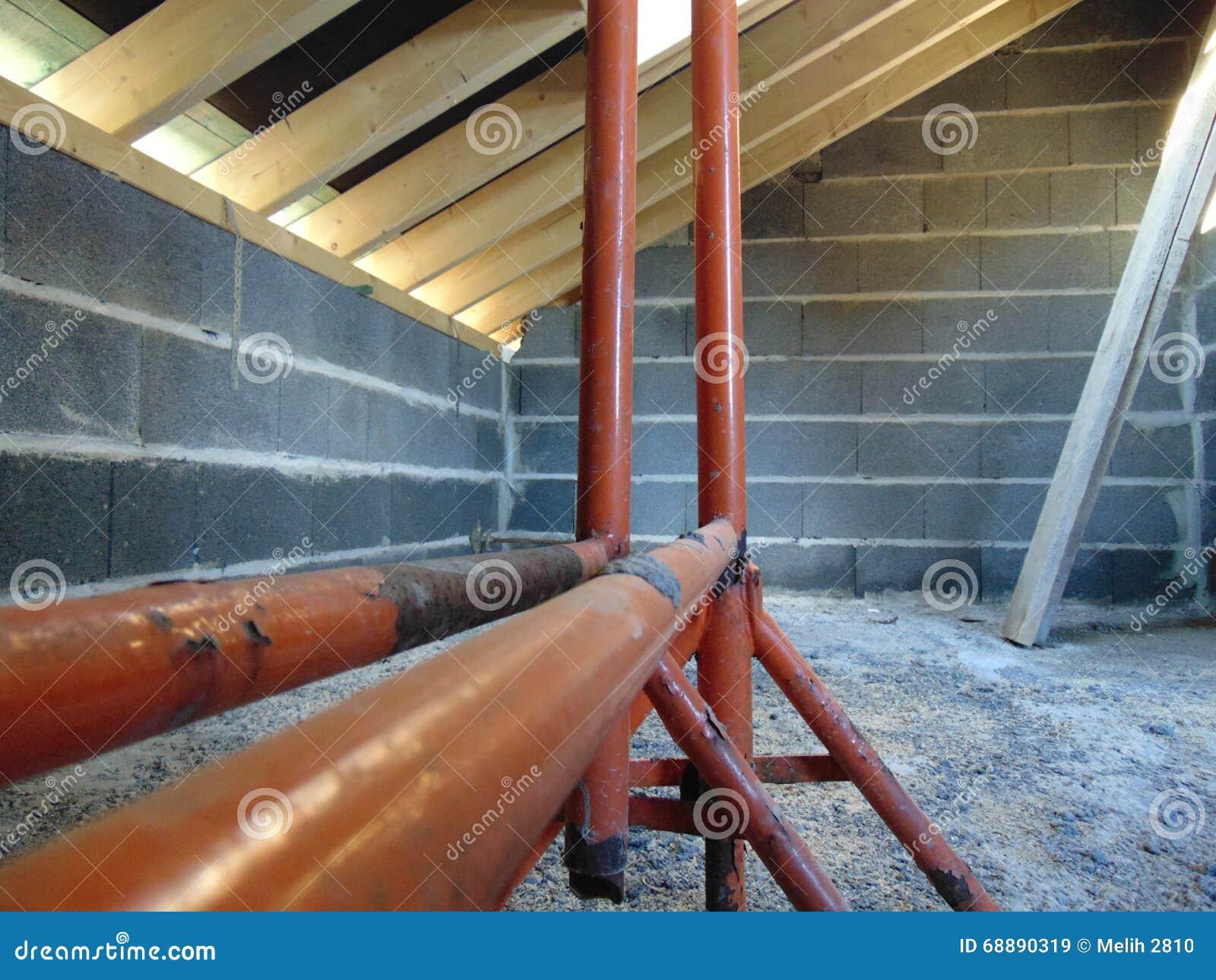 Rusztować w budowie