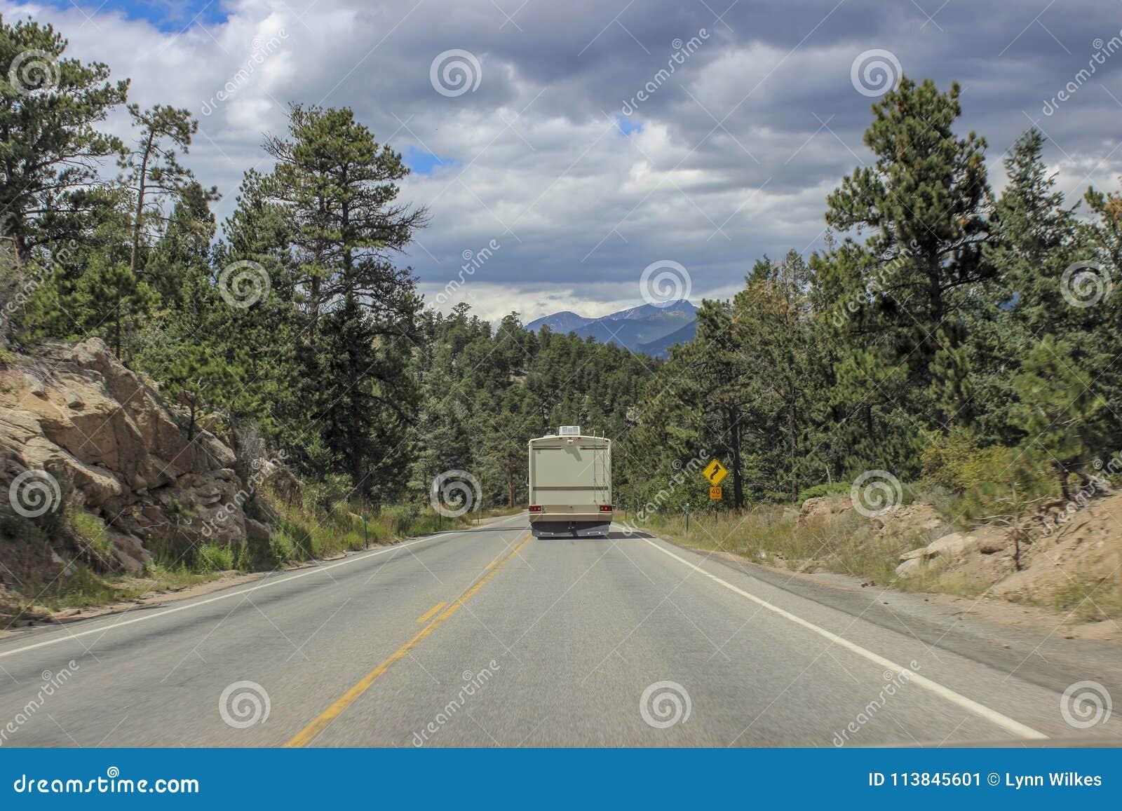 RV в горах Колорадо
