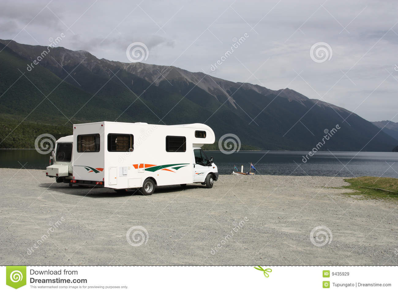Rv In New Zealand Royalty Free Stock Images Image 9435929