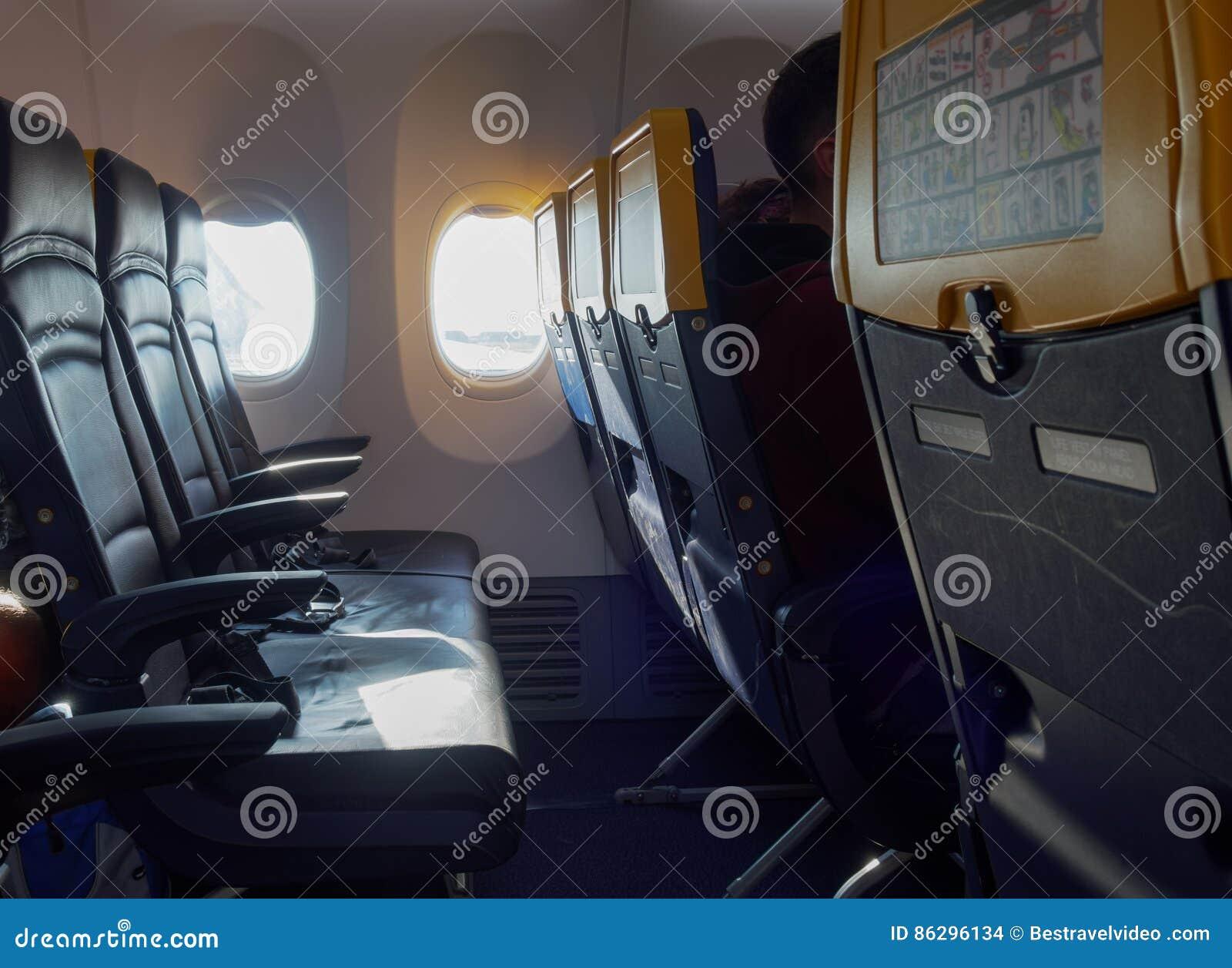 Ryanair sitzplan TAP Express