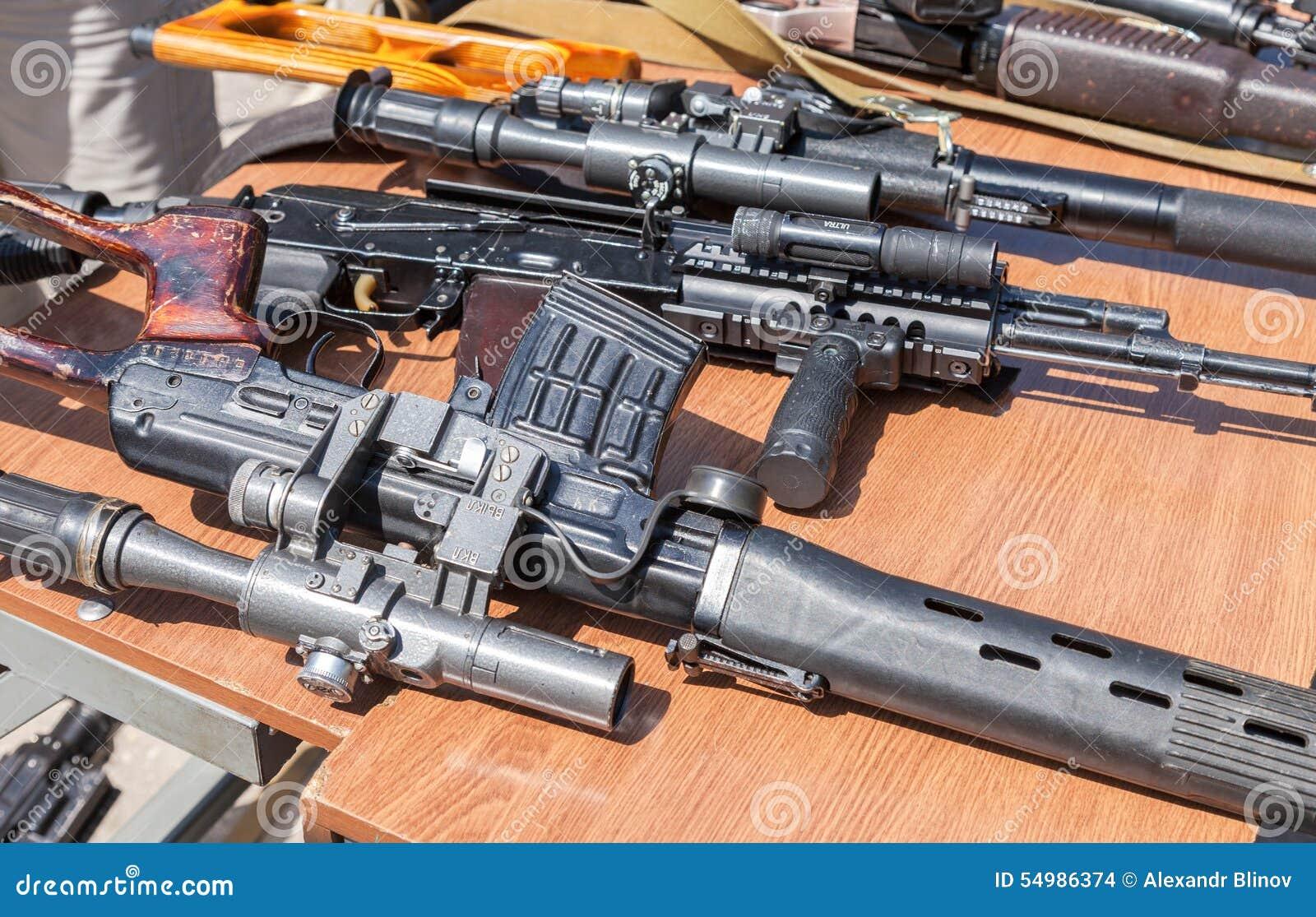 Ryska vapen Prövkopior av ryska handeldvapen
