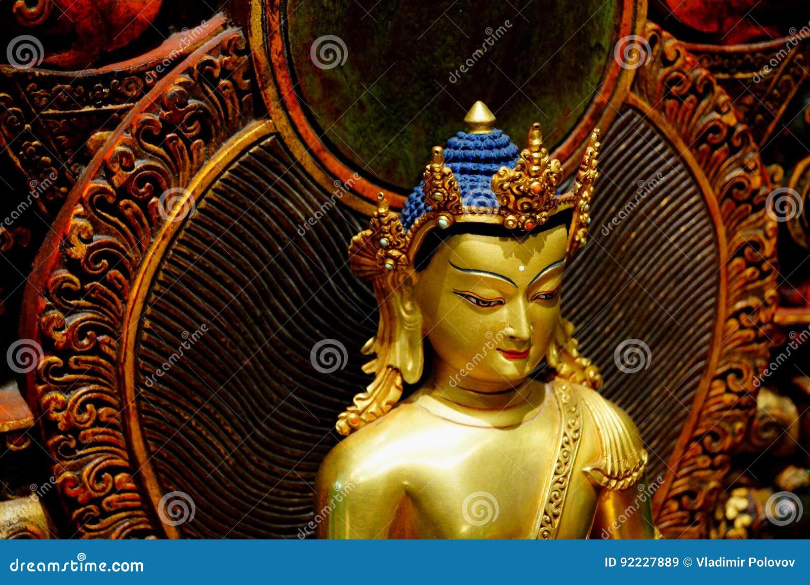 Rzeźba Buddha Shakyamuni