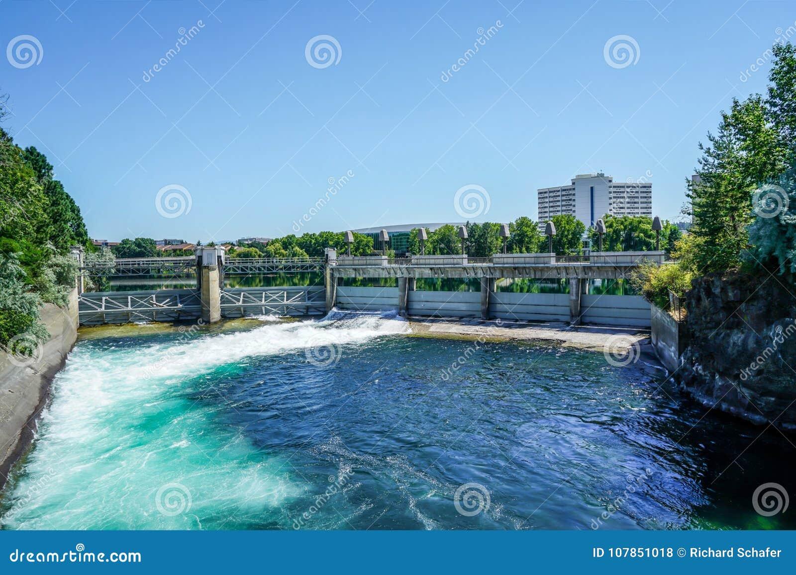 Rzeki Iskrzaste Nawadniają
