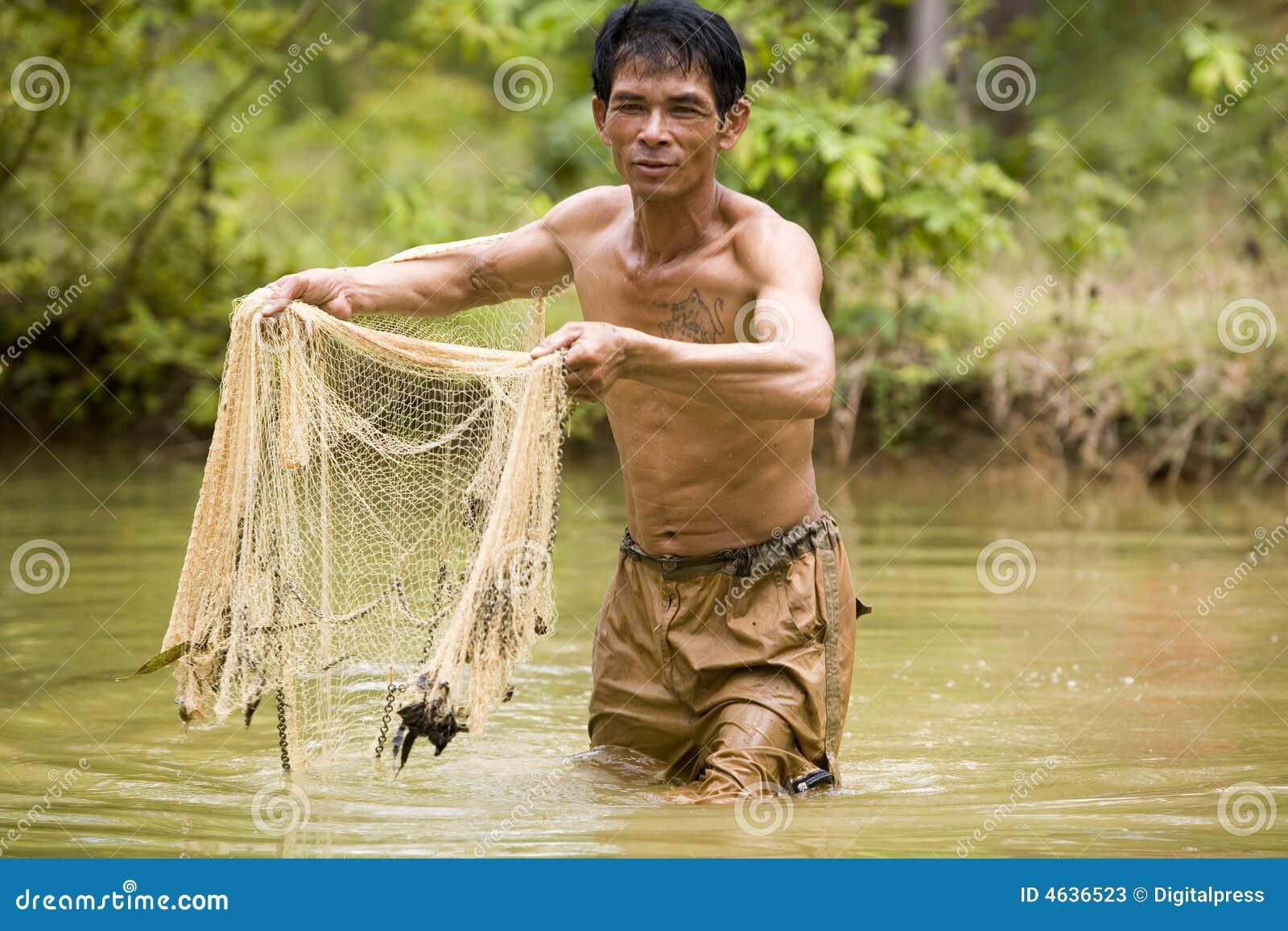 Rzut sieci rybackich
