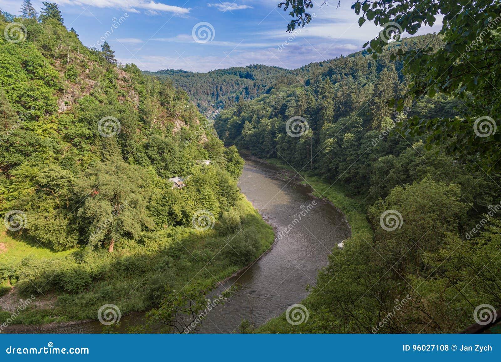 SÃ ¡ zava rzeka od wzgórza