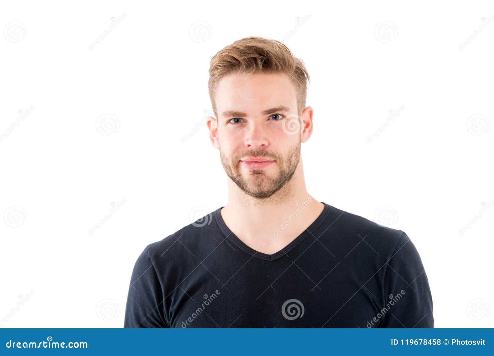 Säkert i hans perfectness Man med borstet som ler framsidavitbakgrund Manligt skönhetbegrepp 308 mässingskassetter räknade för ma