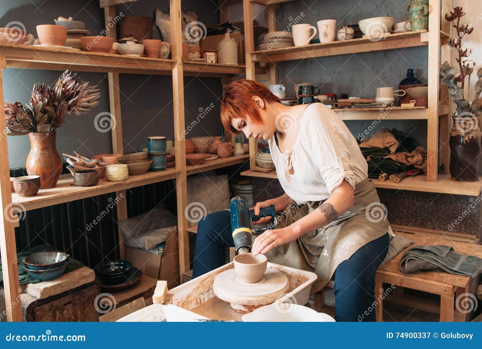 Séchage de poterie avec le dessiccateur spécial