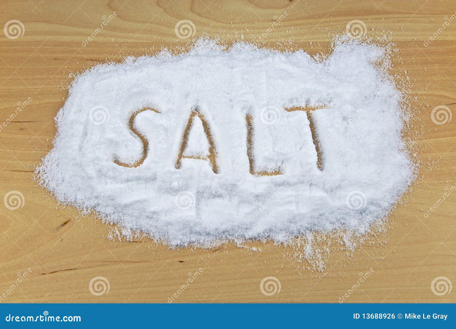 Sól rozlewający stołowy drewniany