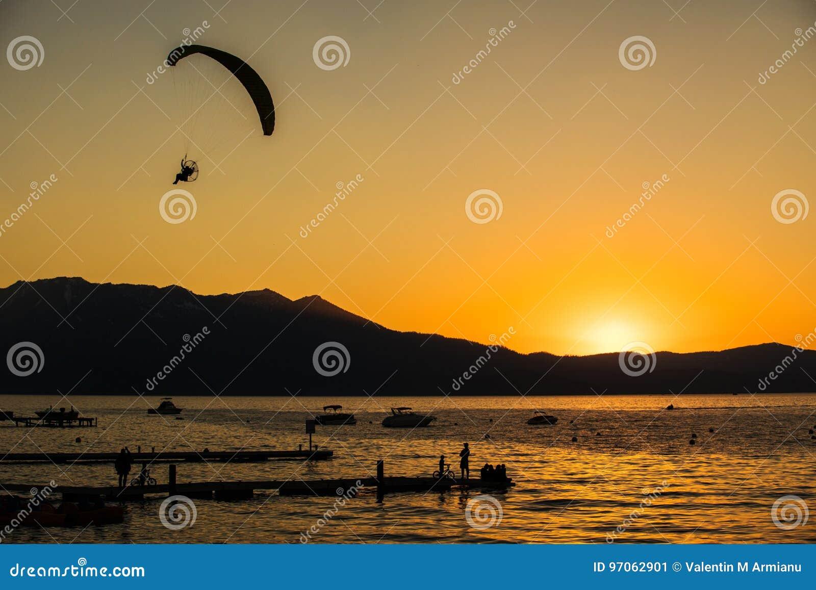 Södra Lake Tahoe solnedgång